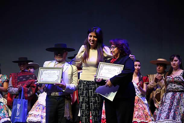 pareja-de-curanilahue-se-consagro-en-2-campeonato-nacional-de-cueca-en-antofagasta