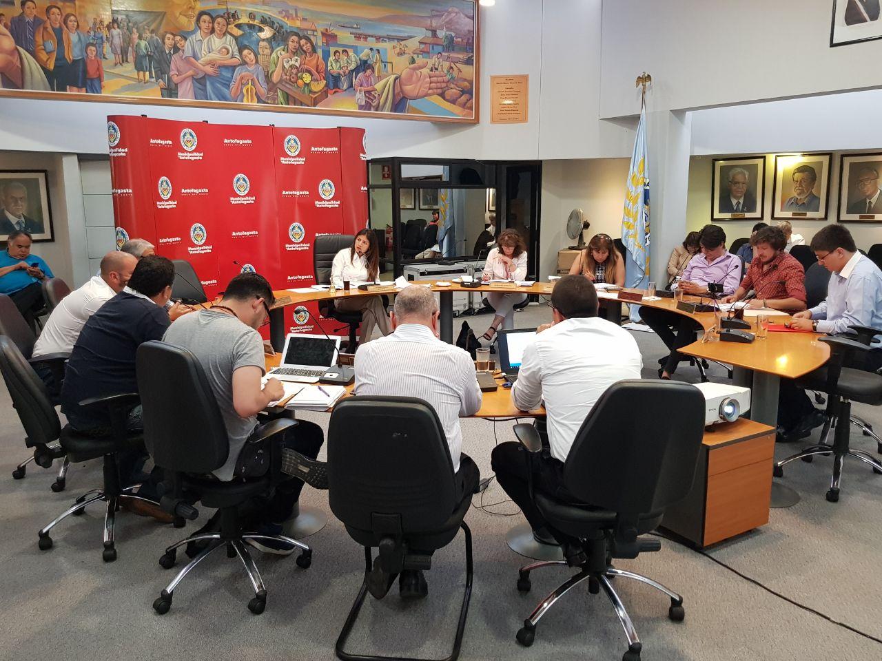 concejo-municipal-aprueba-presupuesto-de-96-mil-millones-de-pesos-para-el-2018