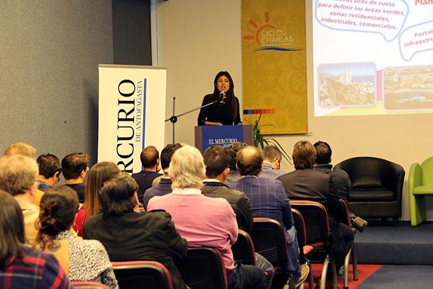 alcaldesa-karen-rojo-y-plan-regulador-queremos-proyectar-una-ciudad-sustentable