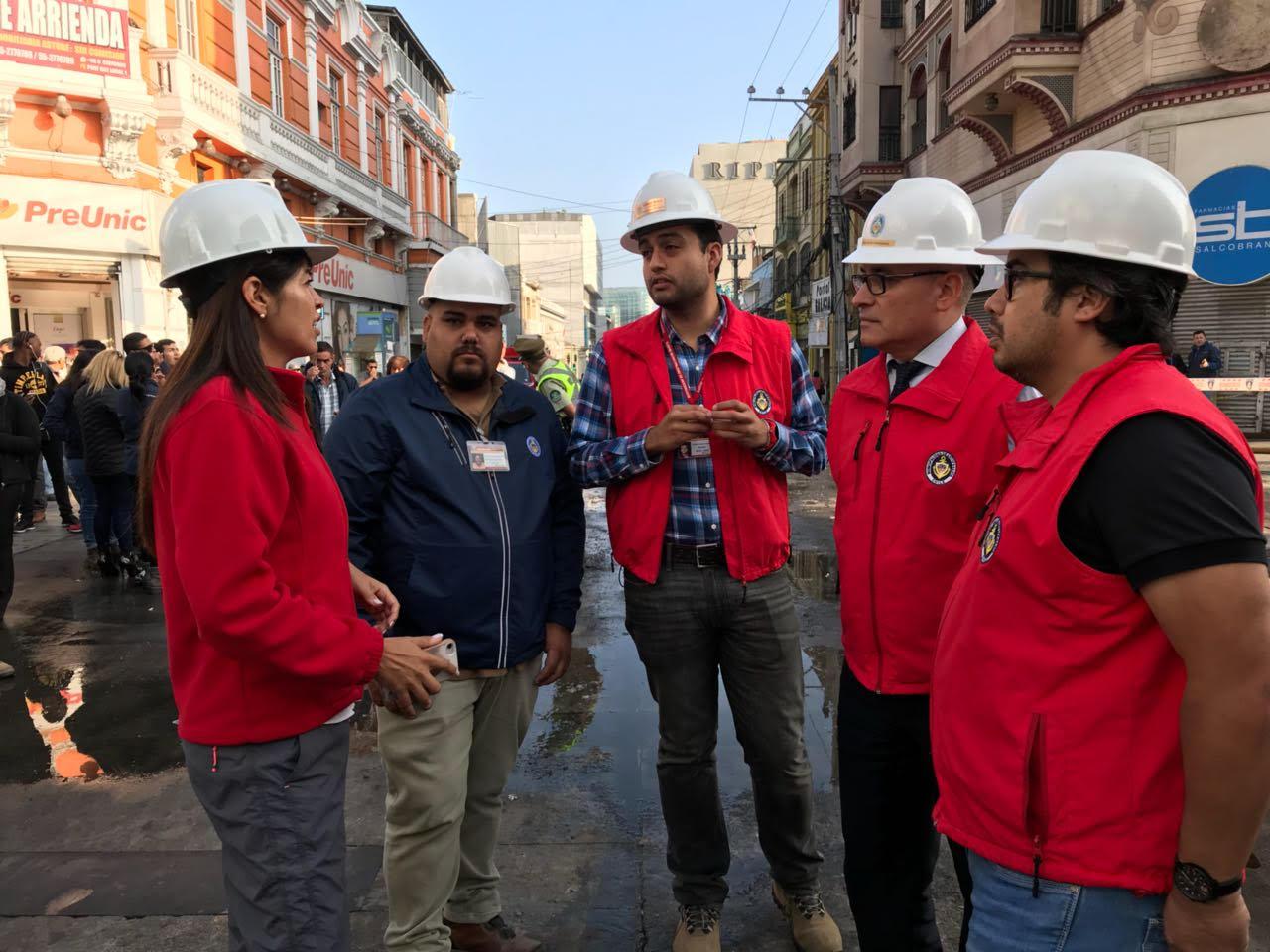 alcaldesa-brindo-apoyo-a-victimas-de-incendio-en-antofagasta