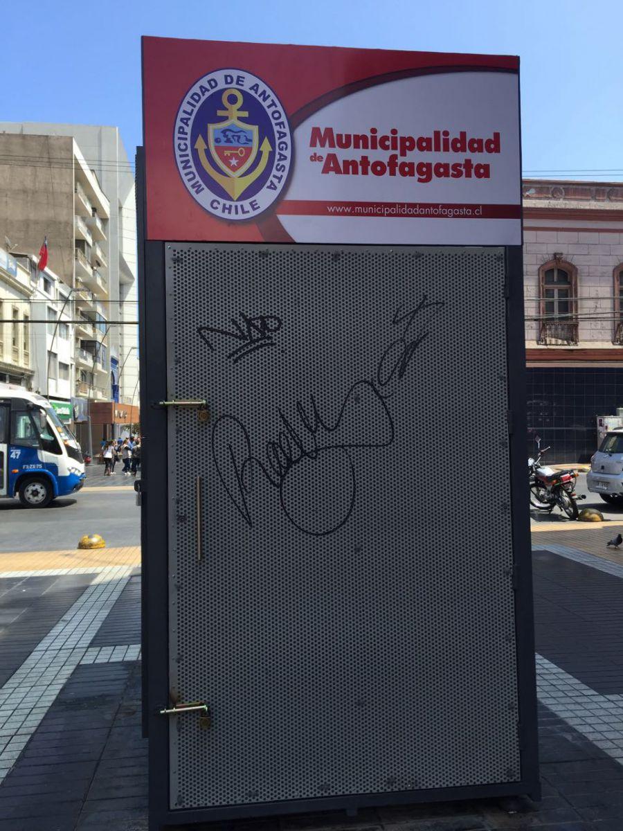municipalidad-de-antofagasta-condena-dano-en-espacios-publicos-y-anuncia-sanciones